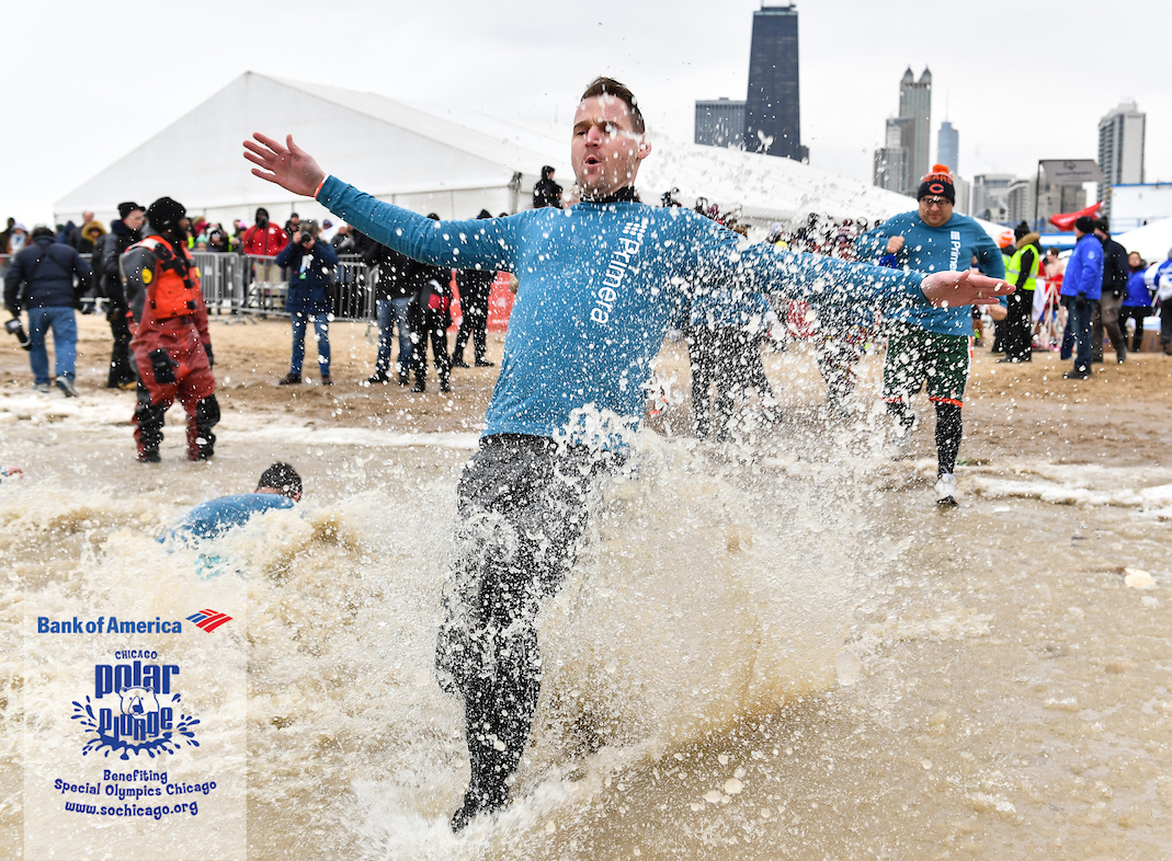 Primera Penguins Plunge into Lake Michigan for a Good Cause
