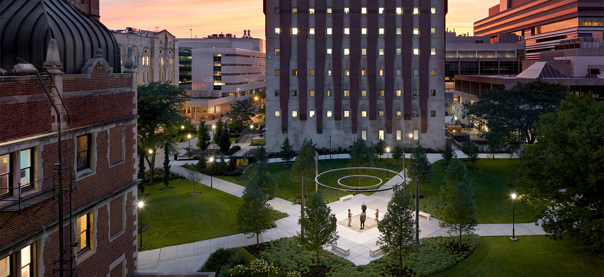 Crerar Science Quadrangle Wins 2019 American Architecture Award and Illumination Award
